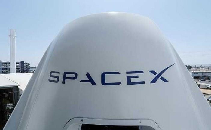 """"""" گوین شاتول """" مدیر شرکت فضایی Space X آمریکا از اخراج ده درصدی کارمندانش خبر داد ."""
