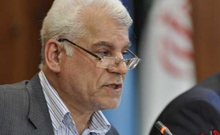 محمود بهمنی : باید سواد رسانه ای مردم را بالا برد / فضای مجازی را نمیتوان تعطیل کرد .