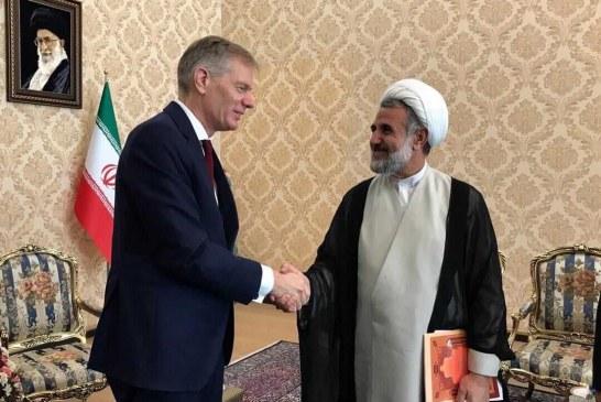 """حاشیههای دیدار """" ذوالنور """" با سفیر انگلیس در تهران"""