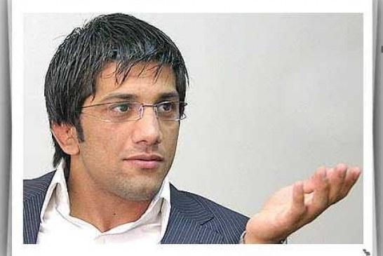 علیرضا دبیر تائید صلاحیت شد/ امیر خادم پشت در انتخابات ماند .