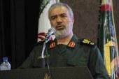 دریادار فدوی: مبارزه با آمریکا همچنان ادامه دارد / دشمنان فقط بخش اندکی از توانمندی ما را میدانند