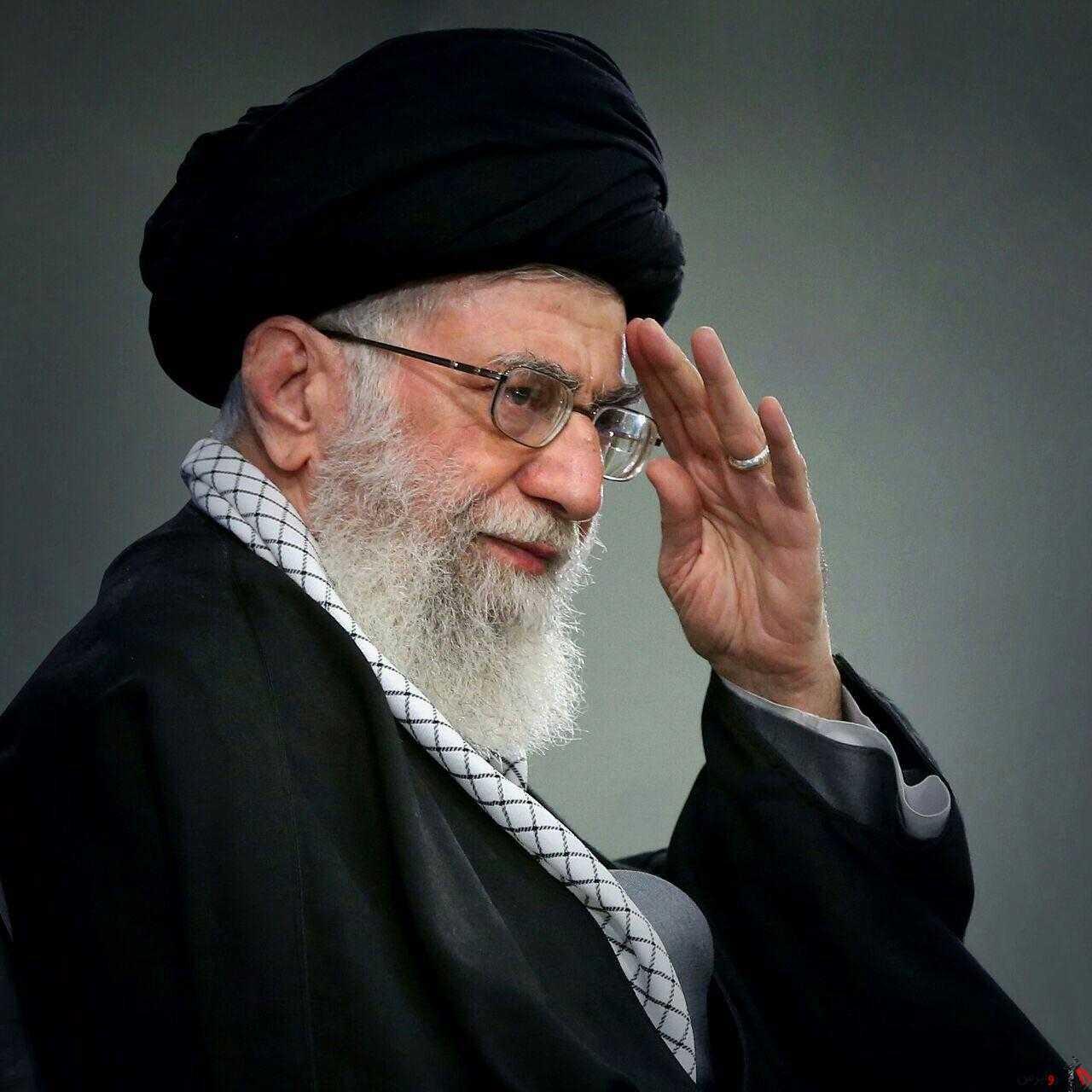 رهبر انقلاب: توطئه بسیار خطرناکی توسط مردم نابود شد/ تعظیم عمیق خودم را تقدیم ملت میکنم