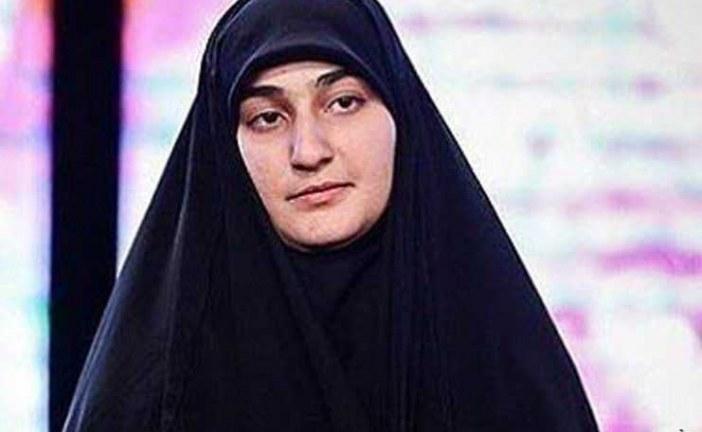 دختر شهید سلیمانی : آمریکا و صهیونیست بدانند شهادت پدرم روزگار آنها را تیره و تار و خانه های عنکبوتی آنها را فرو خواهد ریخت.