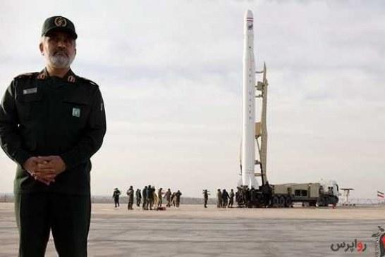پرتاب اولین ماهواره نظامی ایران / سردار حاجیزاده: حضور در فضا انتخاب نیست، الزام است