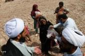 """"""" وقف – نذر """" رسانه رضوی علیه آلاف التحیه و الثناء ( رواپرس ) / خادمیاران تفتی بیش از ۵۰۰ بسته غذایی بین نیازمندان توزیع کردند"""