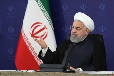 روحانی : سال تحصیلی ۱۵ شهریور آغاز میشود