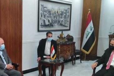 ظریف: سفر الکاظمی به تهران فرصت خوبی برای توسعه روابط ایران و عراق است