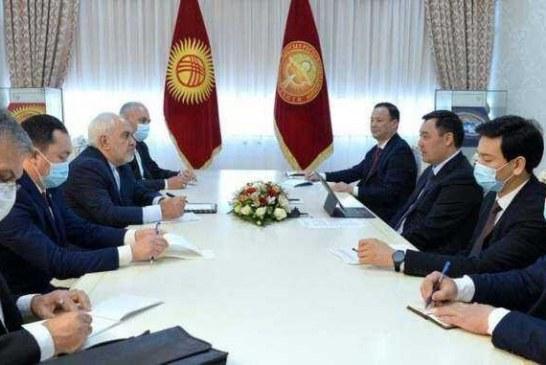 ظریف با رییس جمهوری قرقیزستان دیدار کرد