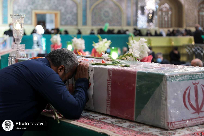 تشییع پیکر 4 شهید دفاع مقدس در حریم ملکوتی امام مهربانی ها